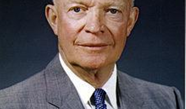 220px-Dwight_D._Eisenhower,_official_photo_portrait,_May_29,_1959.jpg