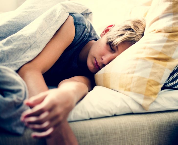 adolescent-boy-sleeping
