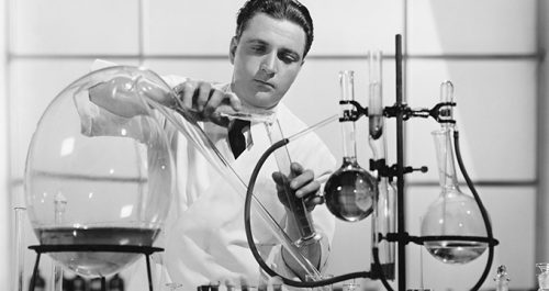 image of 1940 scientists in lab