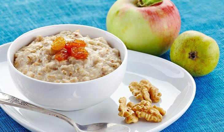 breakfast-with-oatmeal