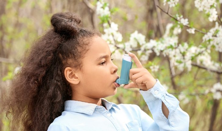 child-with-asthma-inhaler