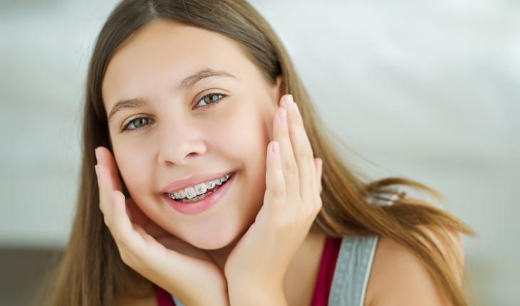 child-with-braces
