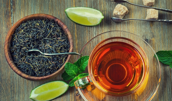 chinese-herb-tea-with-cup