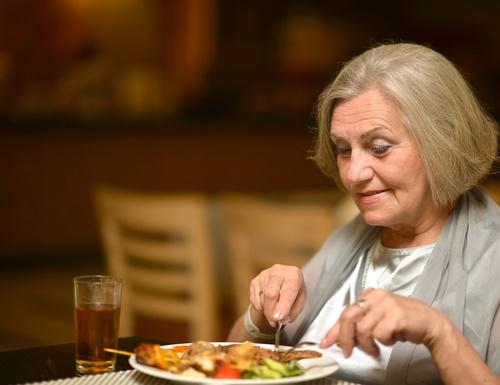 elderly-woman-in-restaurant