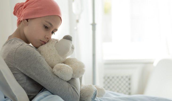 girl-in-hospital-with-teddy-bear