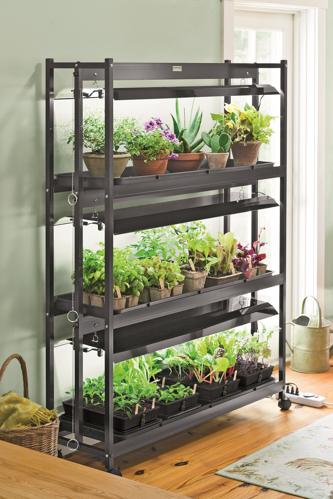 Indoor Grow Lights Houseplants photocredit_GardenersSupplyCompany