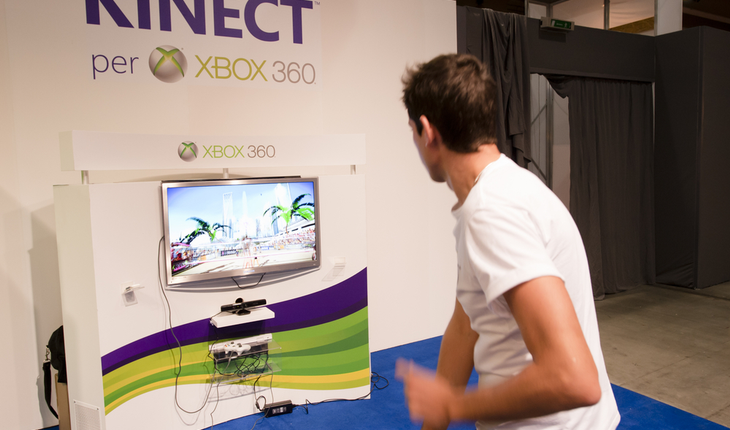 Kinect gaming console