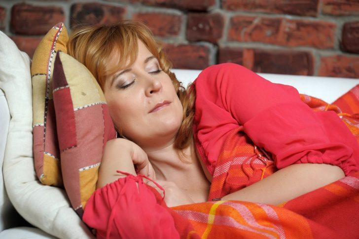 mature-woman-asleep