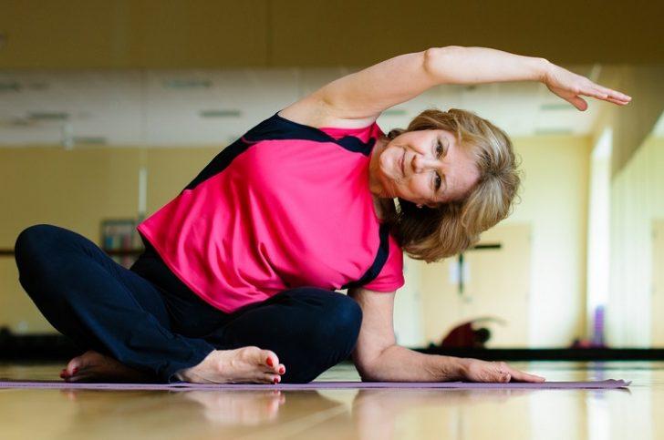 mature-woman-on-yoga-mat