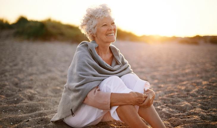 older-woman-alone-on-beach