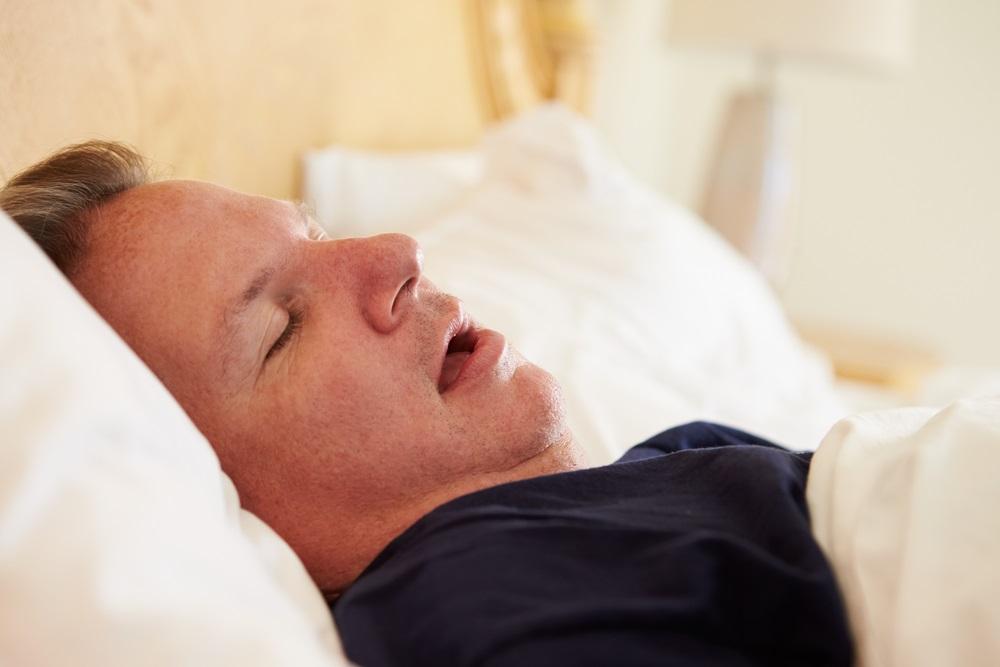 overweight-man-snoring