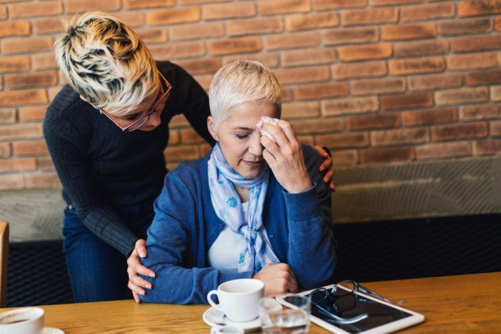 sad-mother-and-daughter