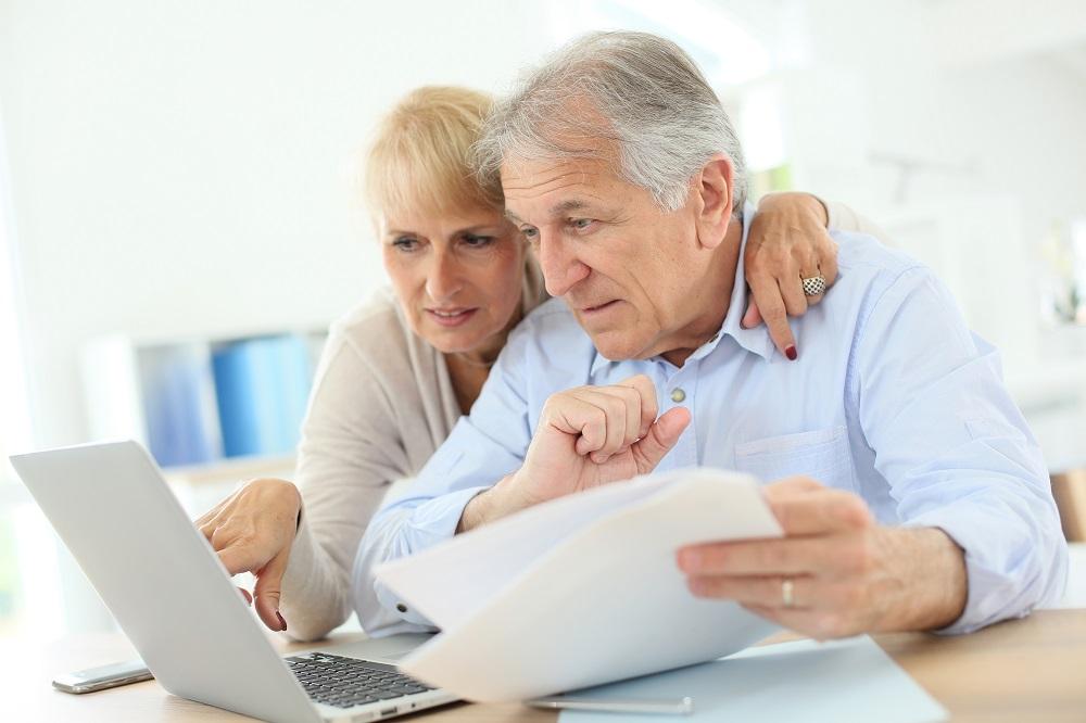 senior-couple-financial-planning-retirement