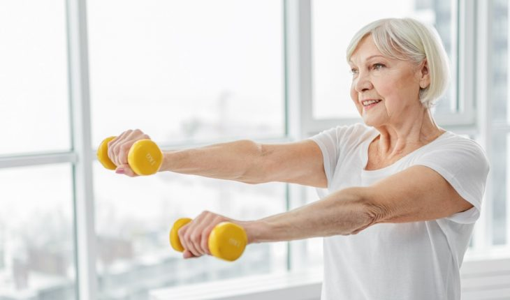 senior-woman-exercising