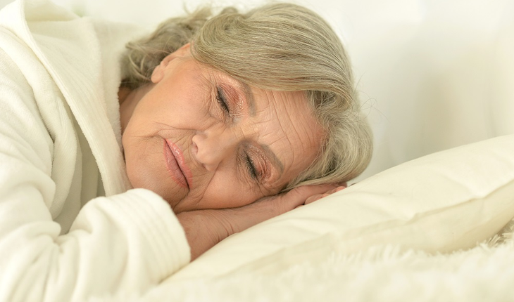 senior-woman-sleeping