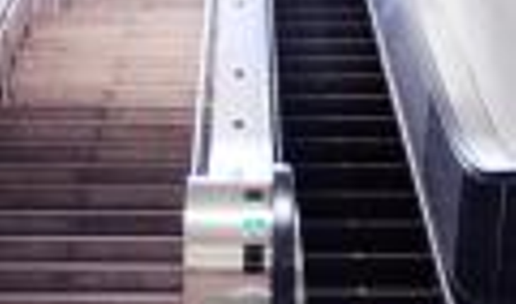 Staris and escalator