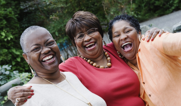 three-mature-women-friends