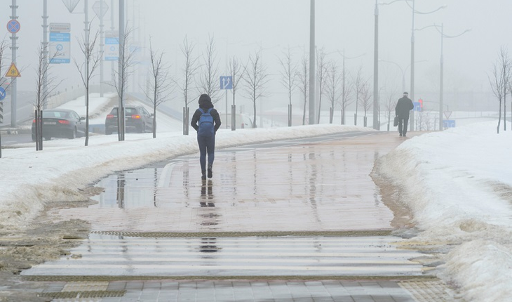 walking-in-bad-weather
