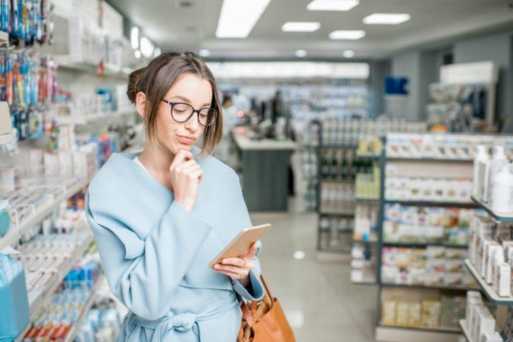 woman-in-drugstore