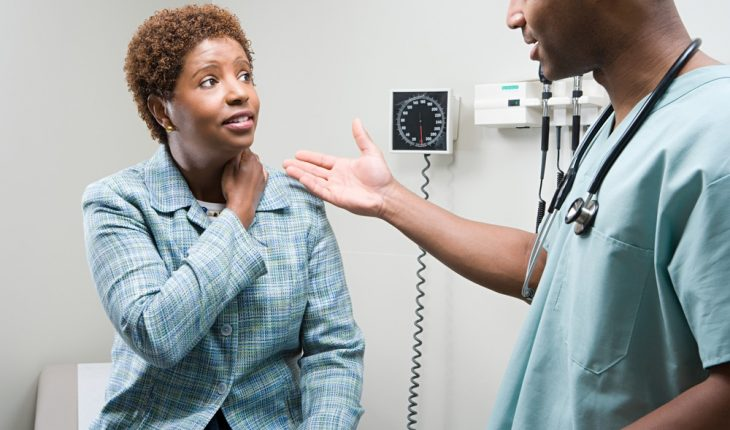 woman-talking-to-doctor