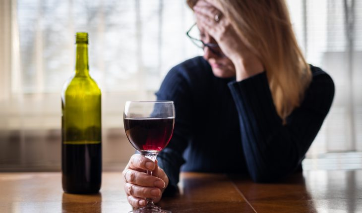 woman-with-wine-glass