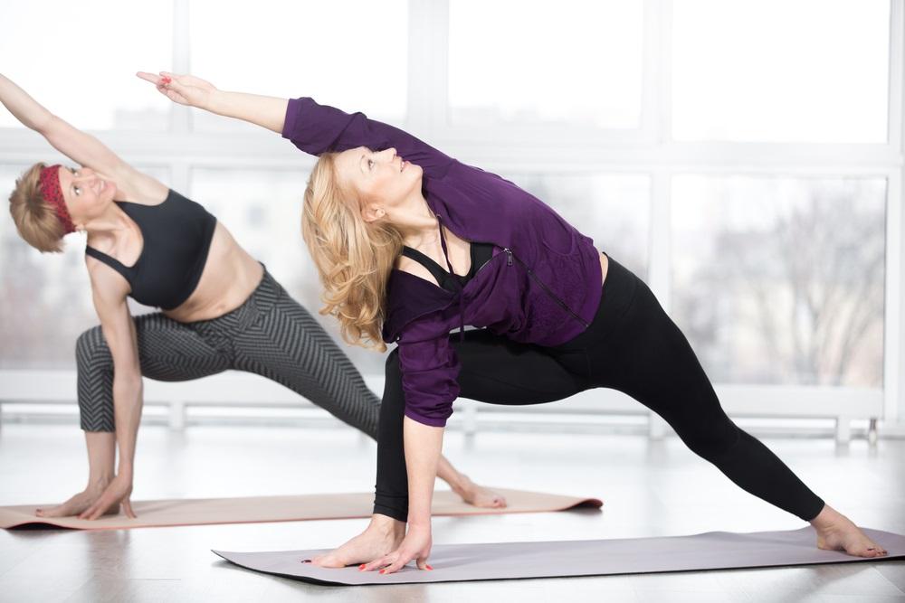 women-doing-yoga