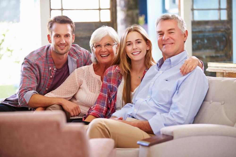adult-children-with-parents