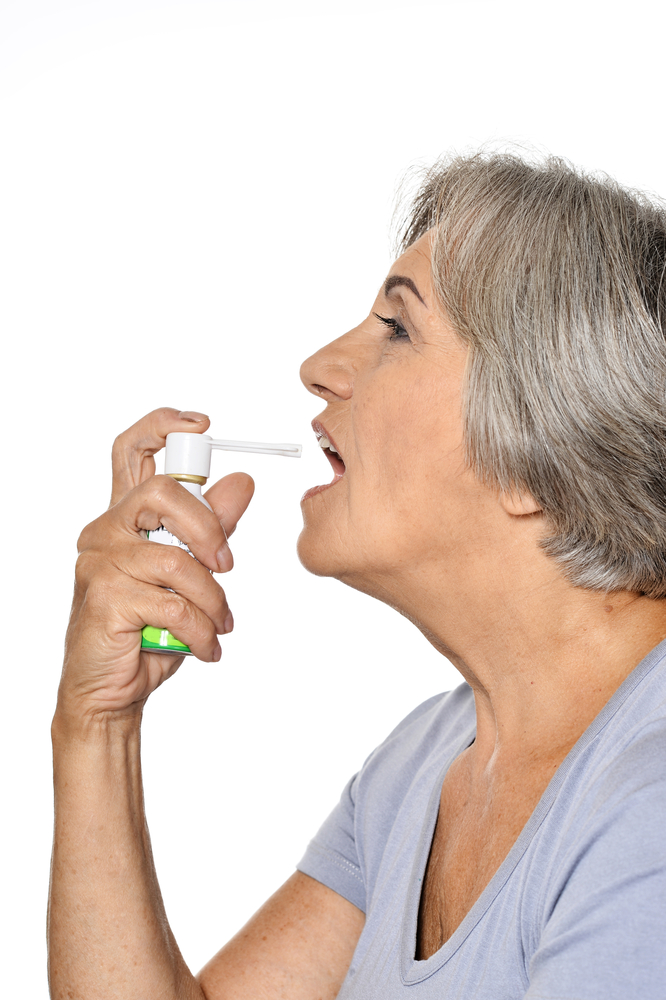 asthma, older oan with inhaler