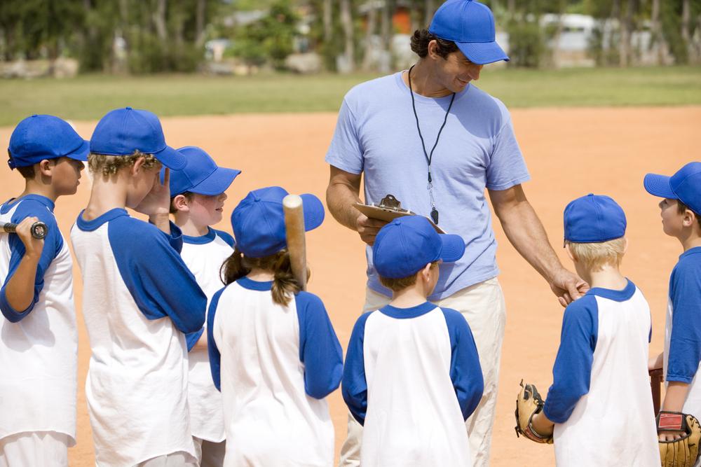 boys-basball-team-and-coach