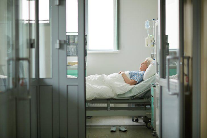 elderly-in-hospital