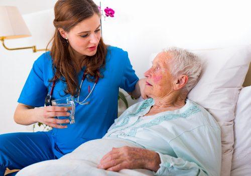 elderly-in-hospital-medication