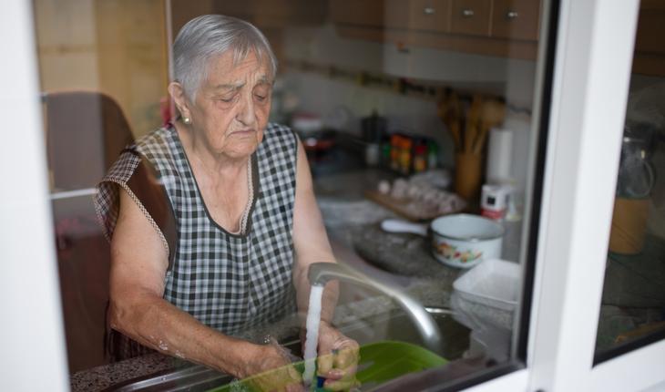 elderly-woman-housework