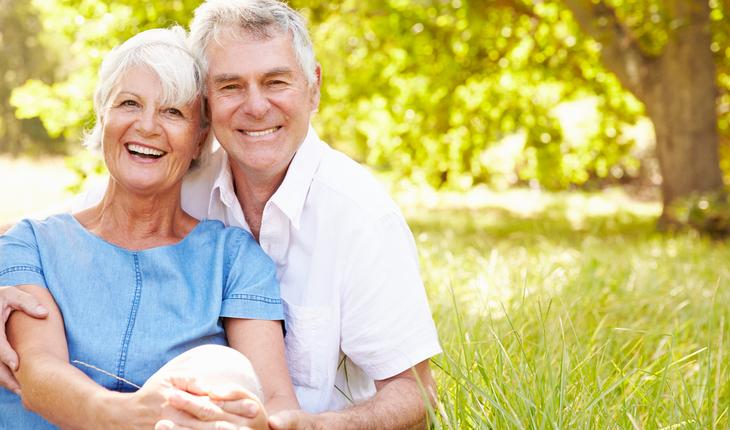 happy-senior-couple