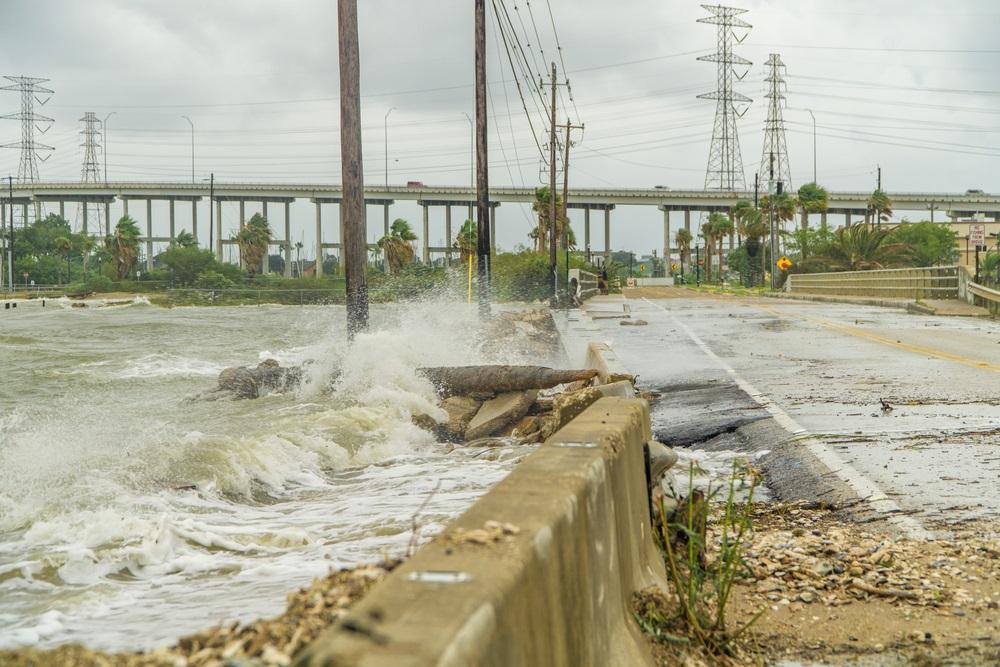 hurricane-road