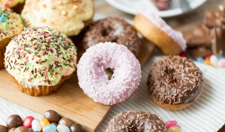 junk-food-doughnuts