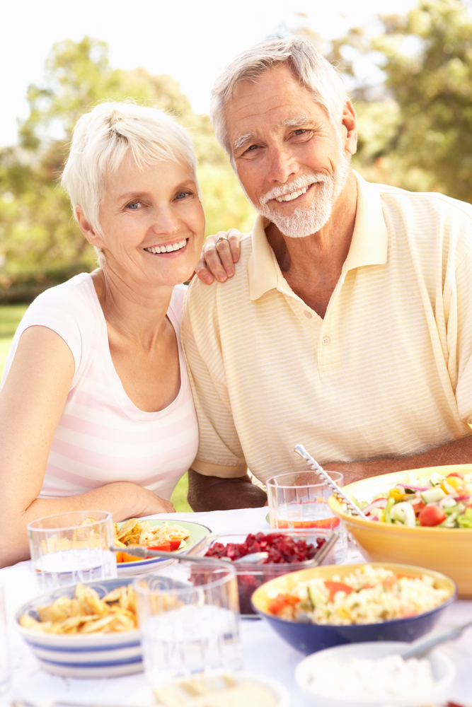 mature couple eating healthy
