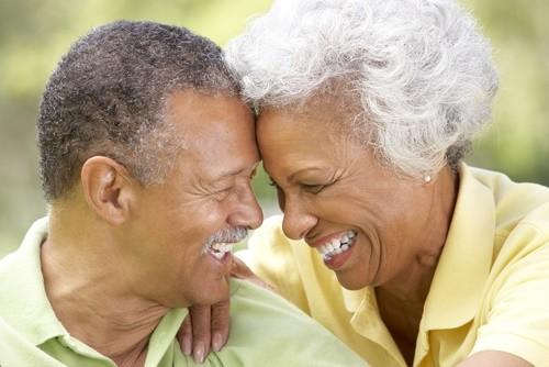 mature-couple-happy