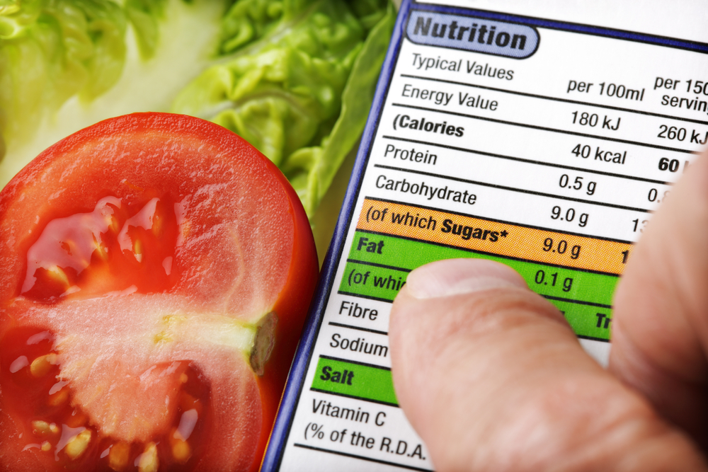 nutrition-label-and-salad