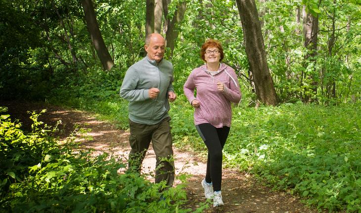 older-couple-running
