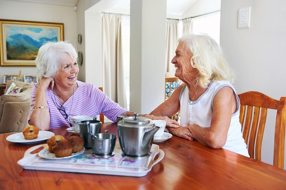 older-women-friends