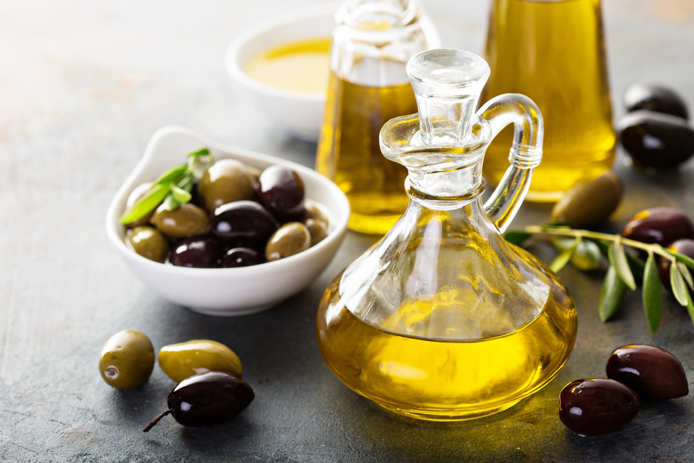 Why Olives and Olive Oil Help Fight Diabetes and Obesity