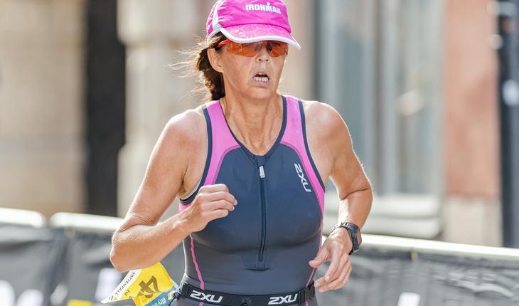 senior-woman-runner