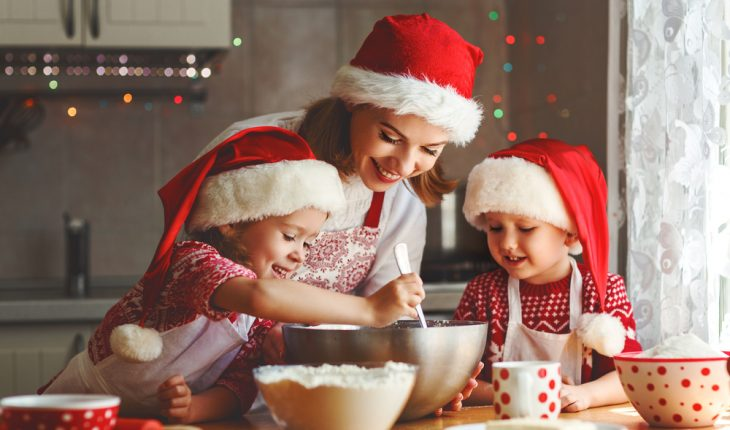 holiday baking with children