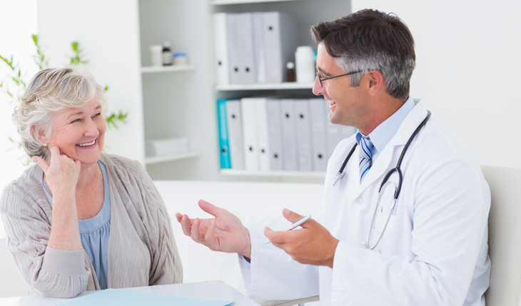 talking-with-doctor