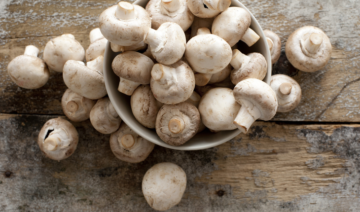 white-button-mushrooms