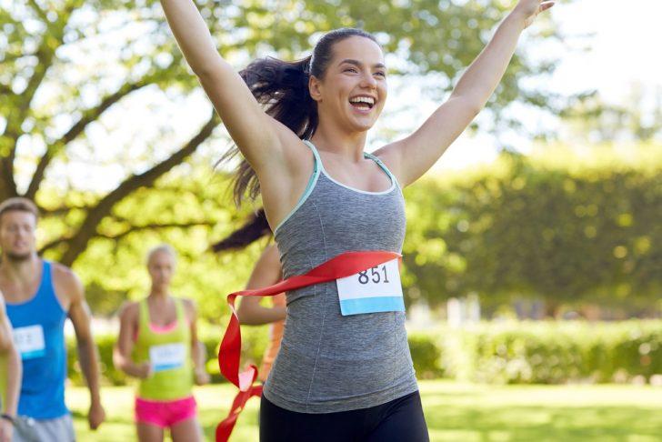 woman-winning-race